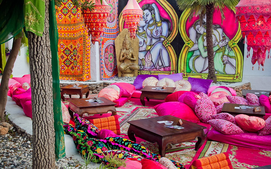 Las dalias hippie market for Boho style arredamento