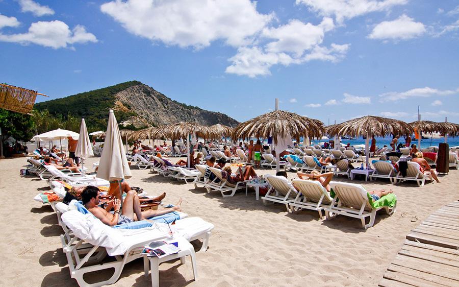 tropicana_beach_club